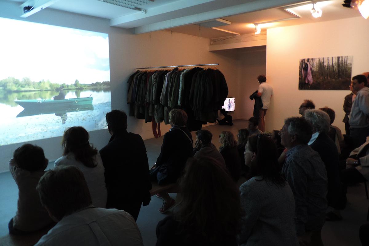 """Exposition """" la barque silencieuse"""" de Julie Chaffort, accueillie en résidence en 2014"""